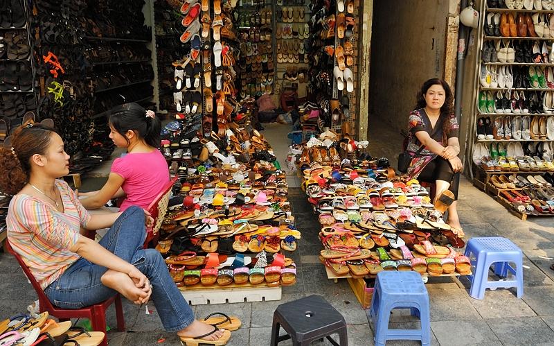 Tienda de chanclas, Hanoi abril 2011