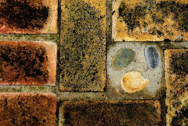 Abstrasuelo, te miro desde abajo. Diciembre 2012