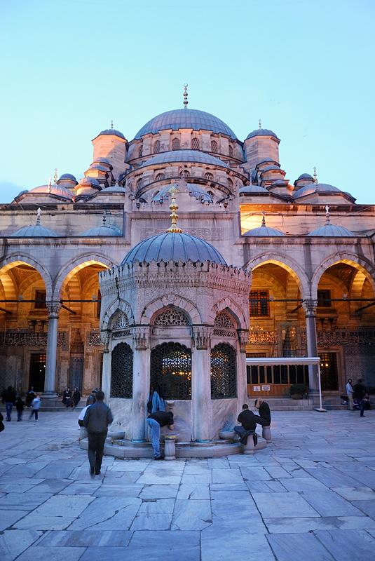 Abluciones, Estambul marzo 2013