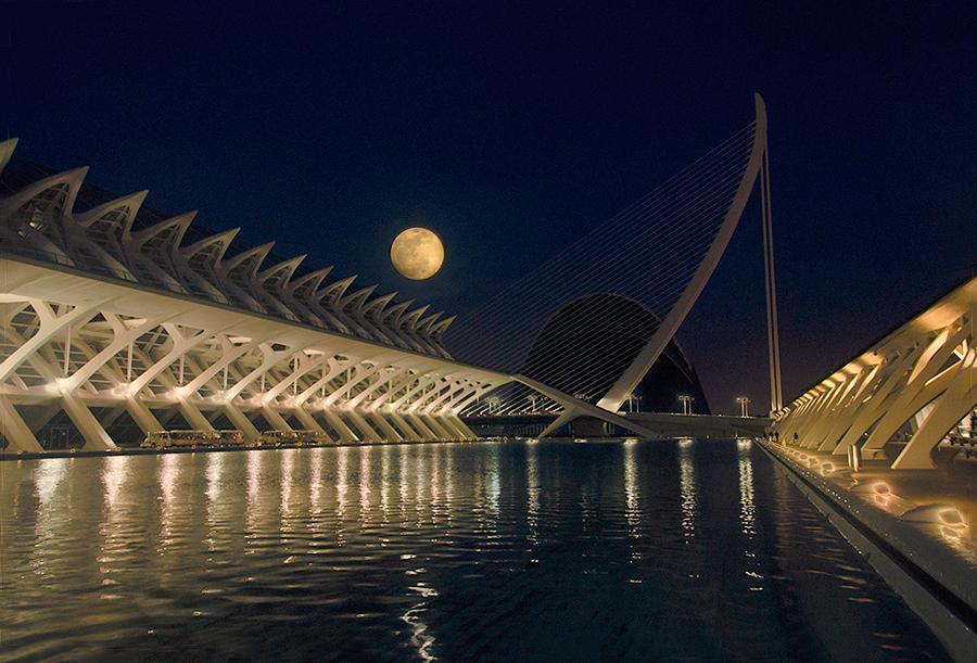 Luna de Valencia, abril 2015
