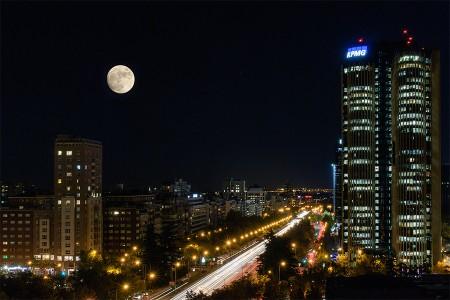 Nocturna con luna, noviembre 2015