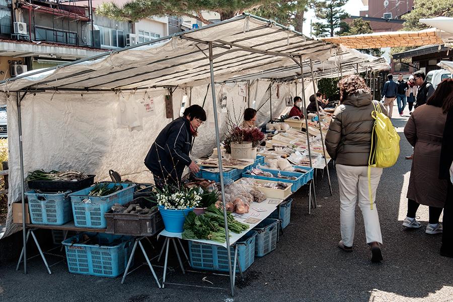 Mercado Takayama, abril 2017