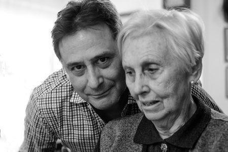 Con mi madre, 2 de diciembre de 2017, foto por Ana GM