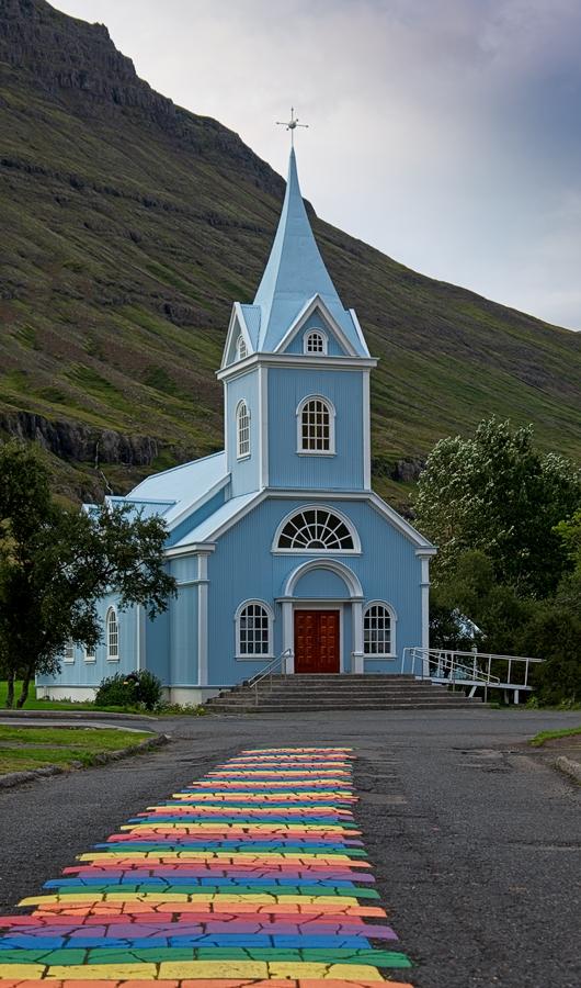 Iglesia de Seyðisfjörður, Islandia agosto 2018